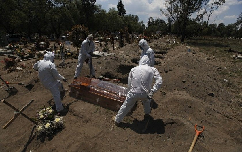 For the first time, Mexico records more COVID-19 deaths in a day than the U.S.