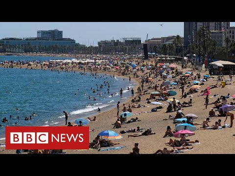 More confusion for thousands of British holidaymakers over Spain quarantine – BBC News