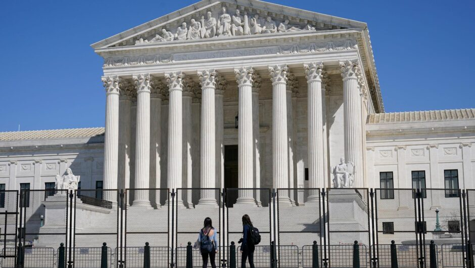 Supreme Court halts California coronavirus rules that limit home worship
