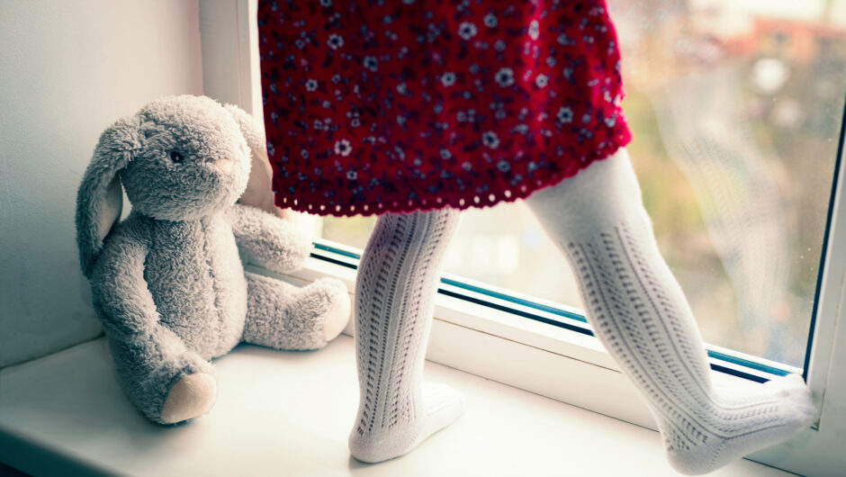 Nearly 40,000 kids lost a parent to COVID-19, study suggests